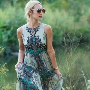 Anthropologie Dresses - Anthropologie Bhanuni Madera Maxi Dress 00P